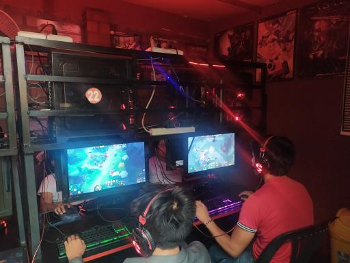 GAMEFAN CLUB visita a VIZIONET